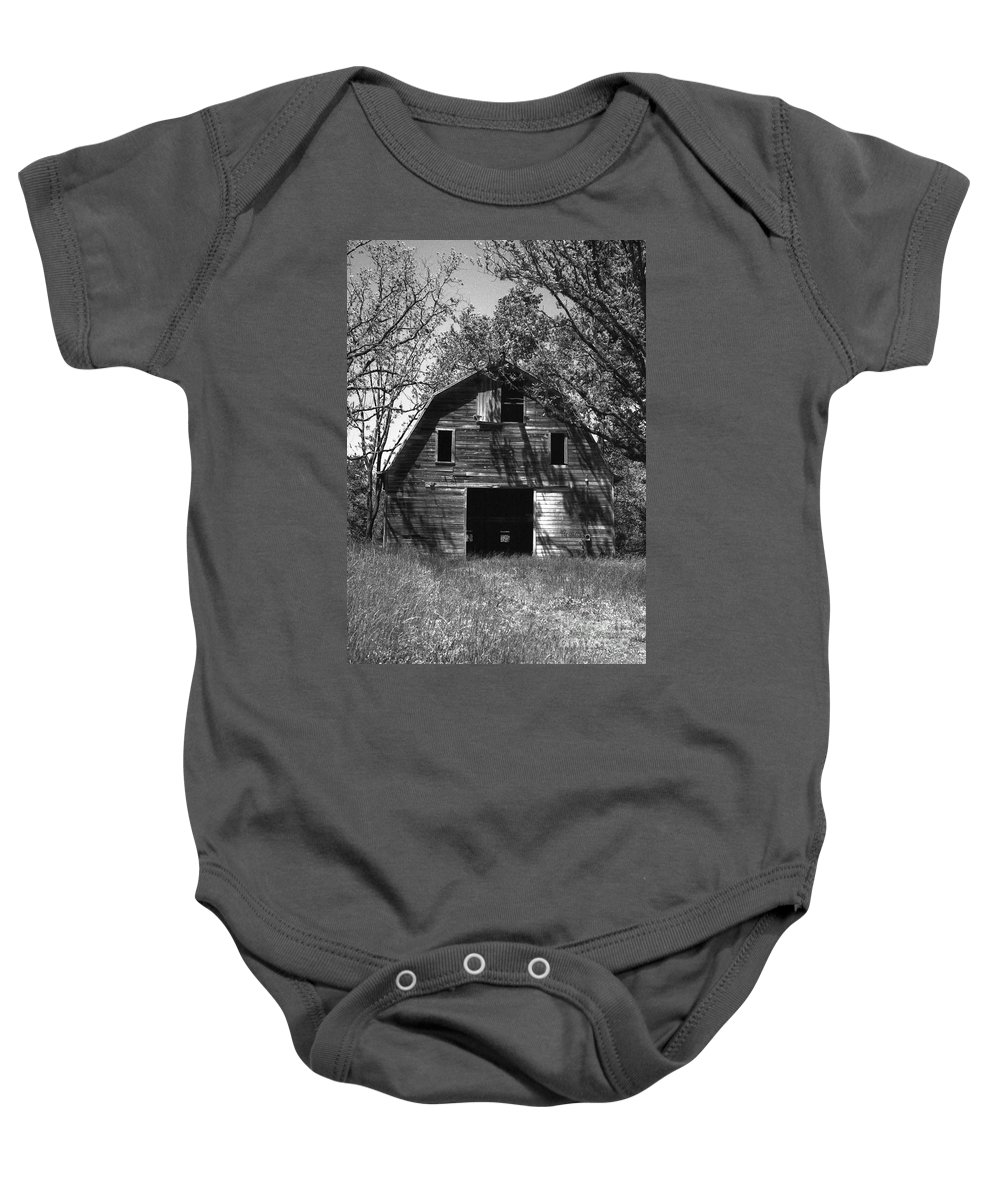 Barrns Baby Onesie featuring the photograph Old Cedar Barn by Richard Rizzo