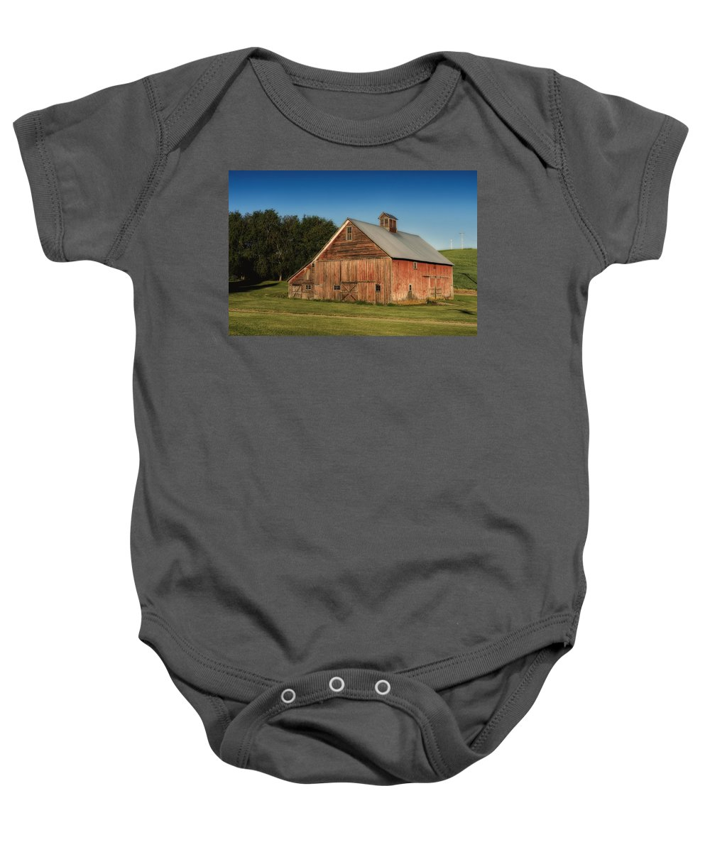 Washington Baby Onesie featuring the photograph Old Red Barn Palouse Wa Dsc05067 by Greg Kluempers