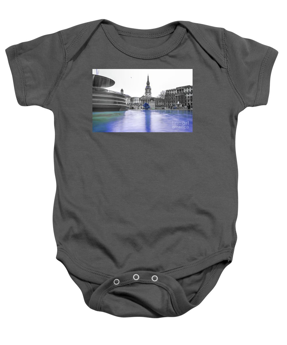 Street Artist Baby Onesie featuring the photograph Trafalgar Square Fountain London 3d by Alex Art and Photo