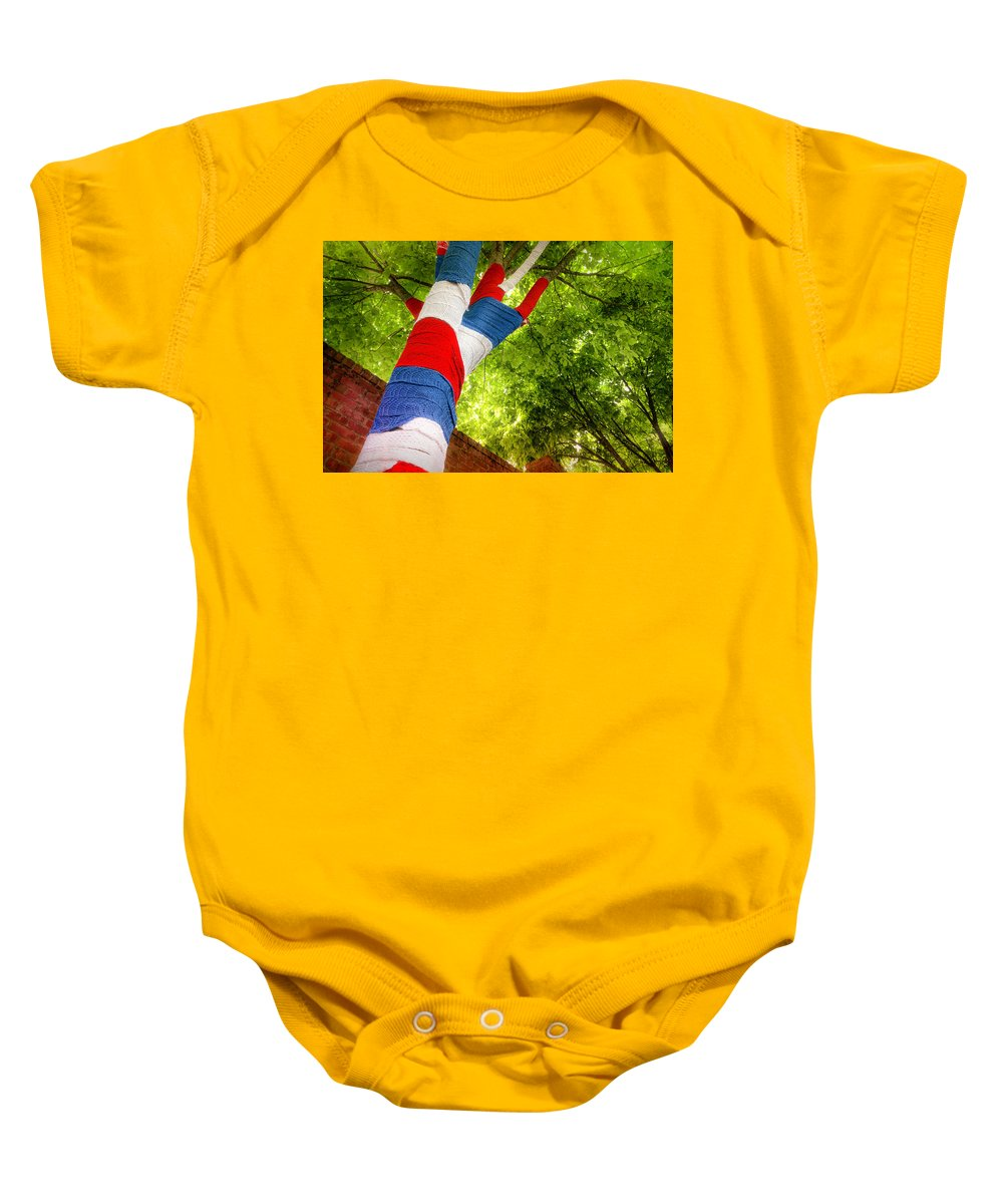 Landscape Baby Onesie featuring the photograph Patriotic Tree by Jim Love