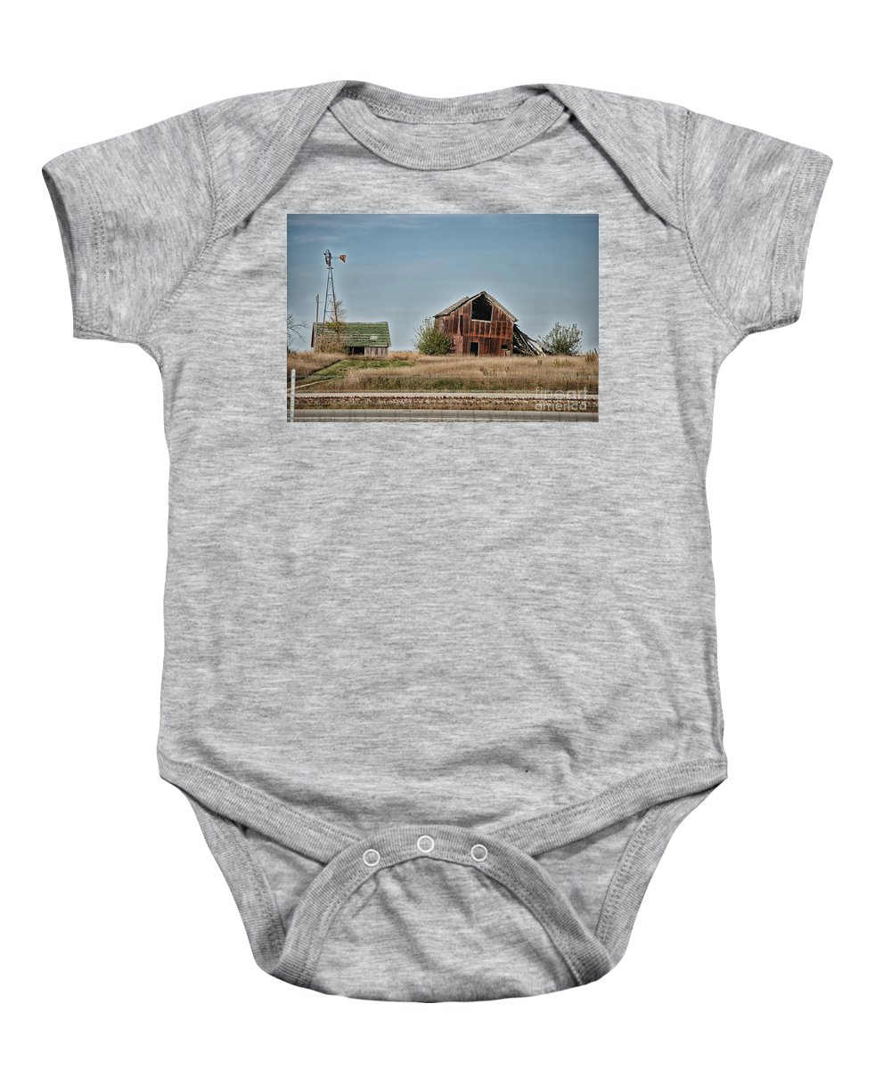 Decaying Farm Baby Onesie featuring the photograph Better Days Central Il by Thomas Woolworth
