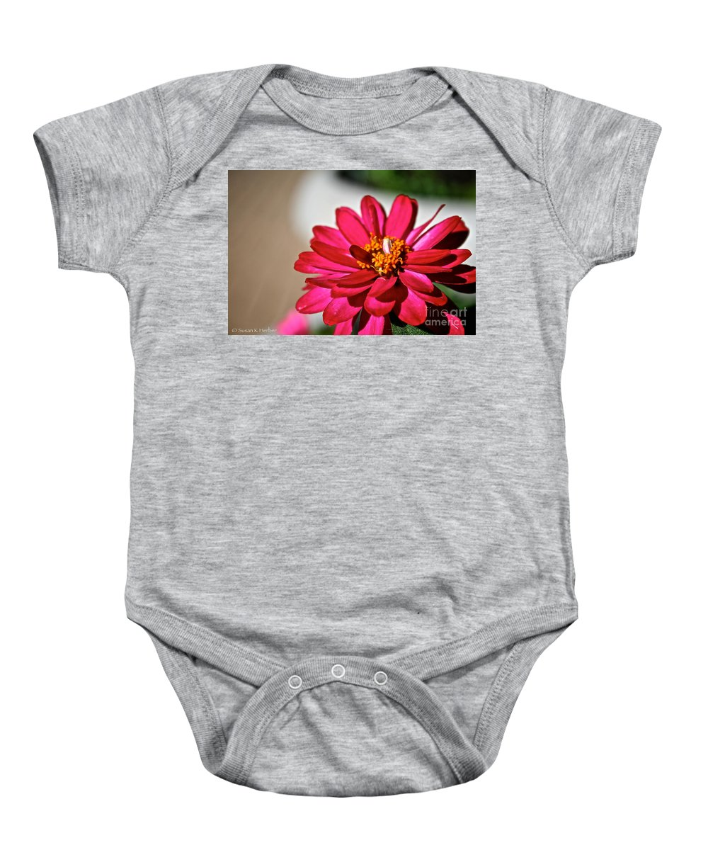 Plant Baby Onesie featuring the photograph Zinnia Personality by Susan Herber