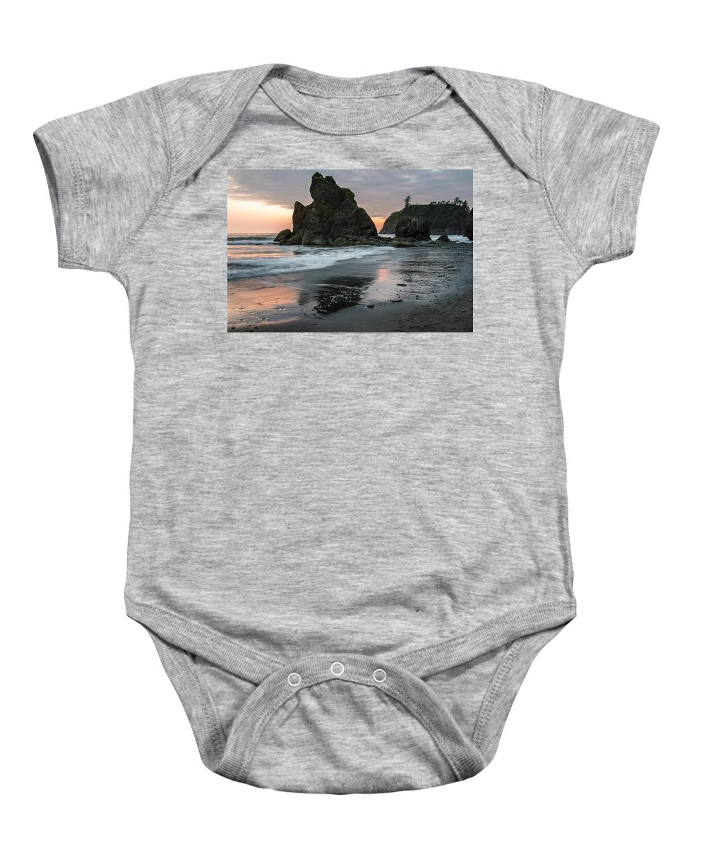 Wave Baby Onesie featuring the photograph Ruby Beach 3257 by Bob Neiman