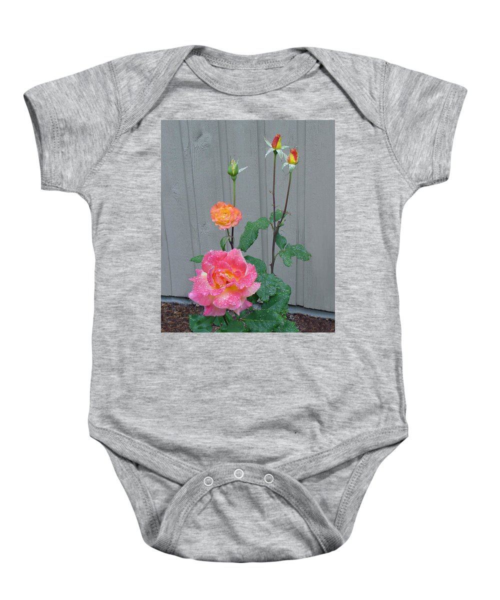 Rose Baby Onesie featuring the photograph 5 Roses In Rain by Shirley Heyn