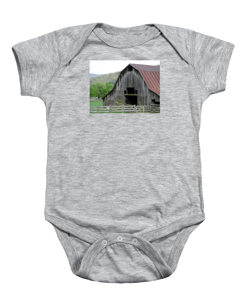 Old Barns Baby Onesie featuring the photograph Boxley Valley Barn by Mary Halpin