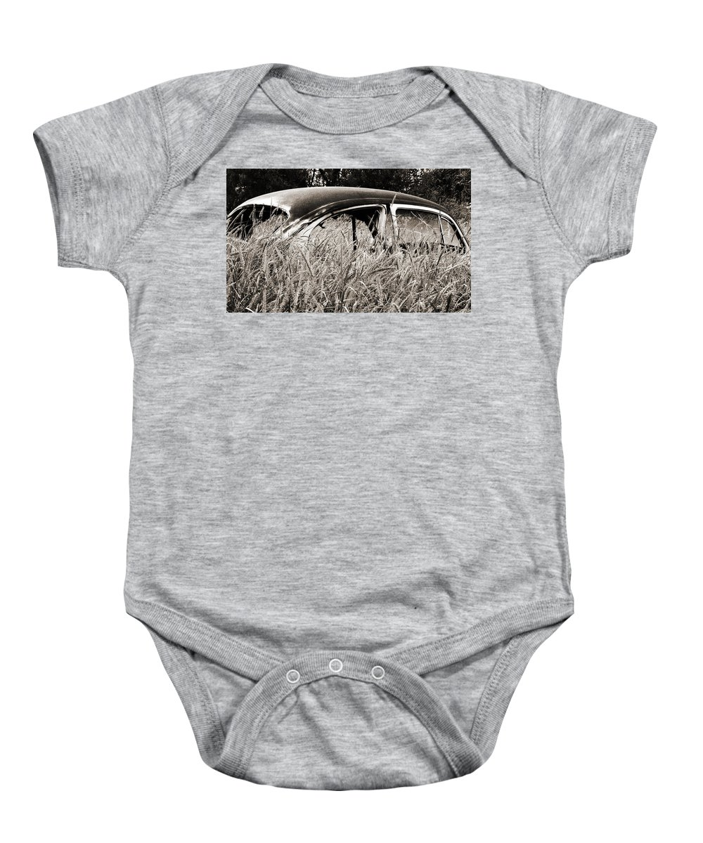 Volkswagen Baby Onesie featuring the photograph Bug In The Grass by Marilyn Hunt