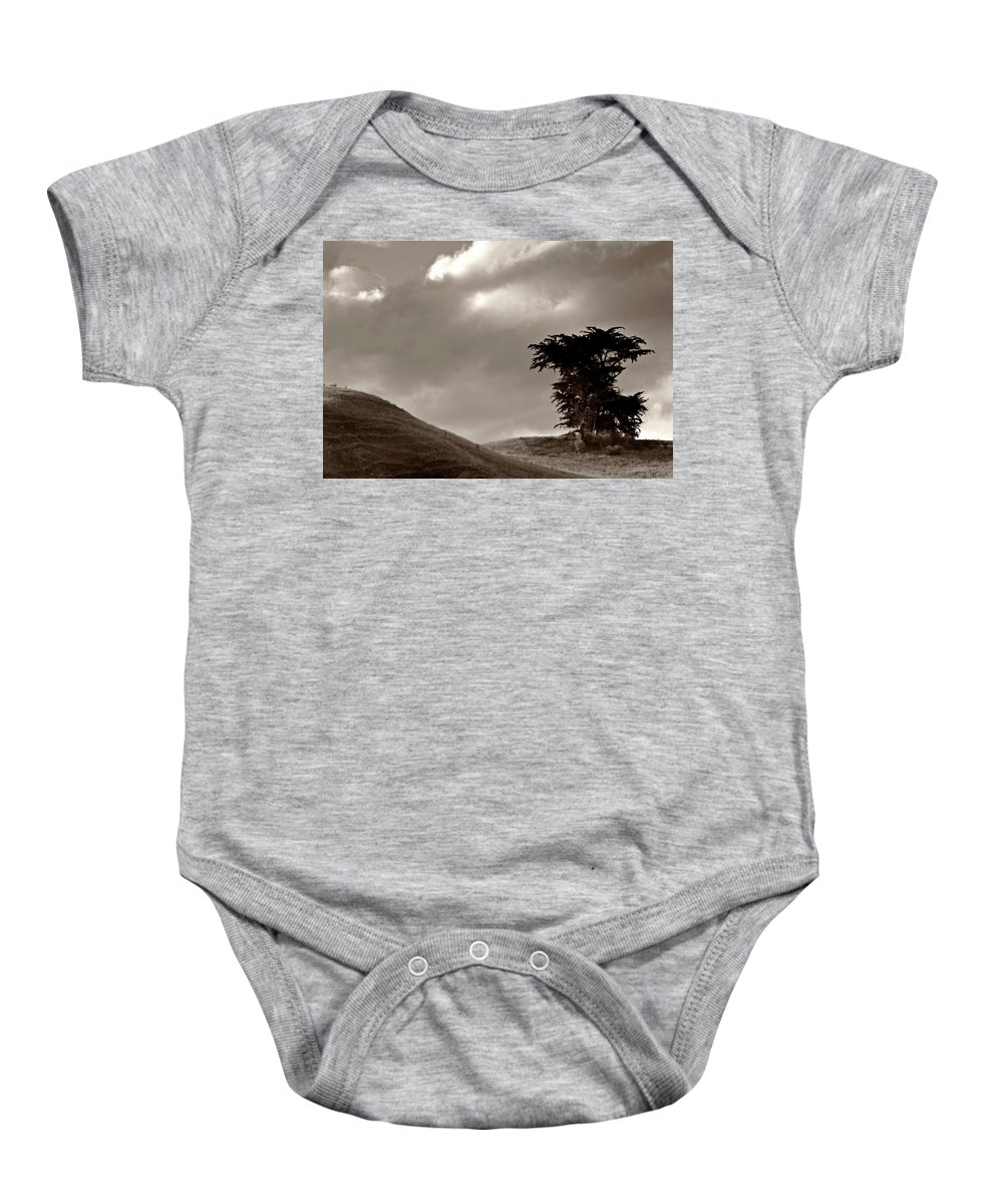 Black And White Baby Onesie featuring the digital art Lone Tree On A New Zealand Hillside by Mark Duffy