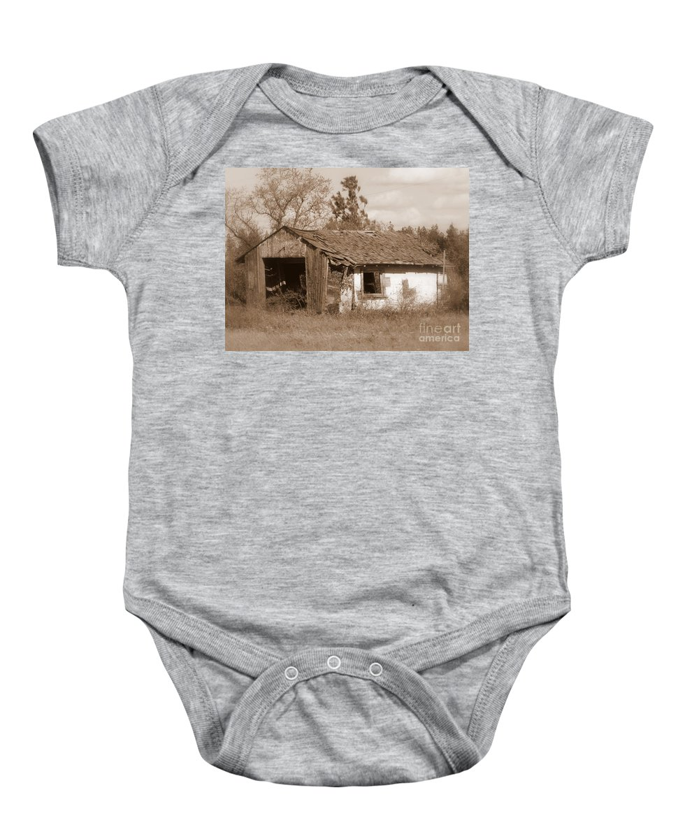Old Shack Baby Onesie featuring the photograph Needs Paint - Soft Focus by Carol Groenen
