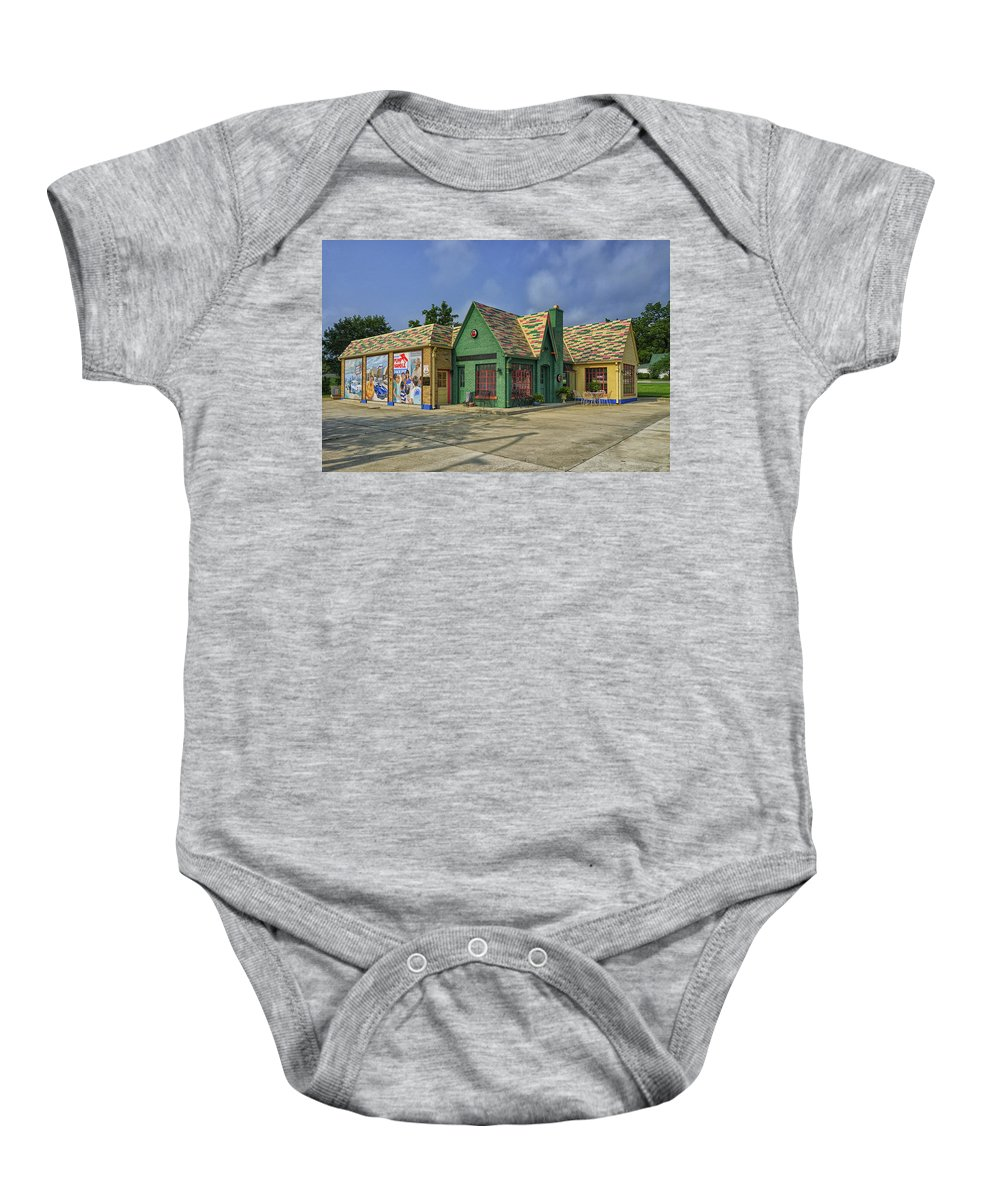 Missouri Baby Onesie featuring the photograph Old Gas Station Route 66 Cuba Mo Dsc05559 by Greg Kluempers