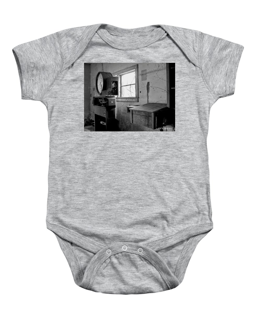 Farmer Baby Onesie featuring the photograph Old Weigh Scale by Betty Northcutt