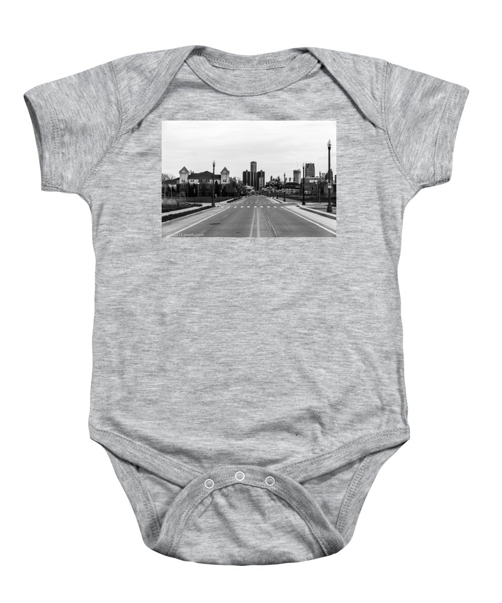 Black And White Detroit Michigan Baby Onesie featuring the photograph Oz Views by Terry Cross