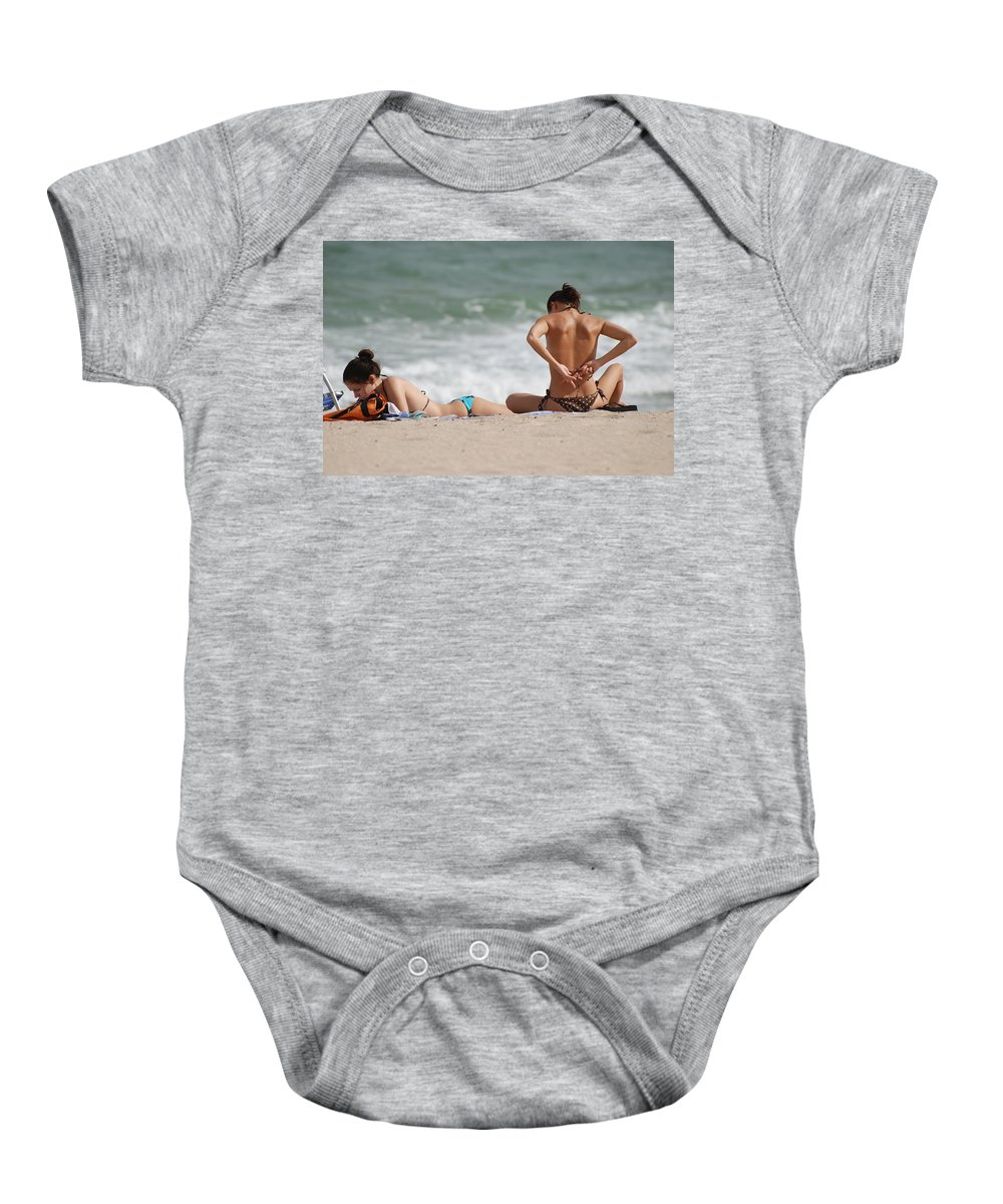 Sea Scape Baby Onesie featuring the photograph Reading And Bow Tie by Rob Hans