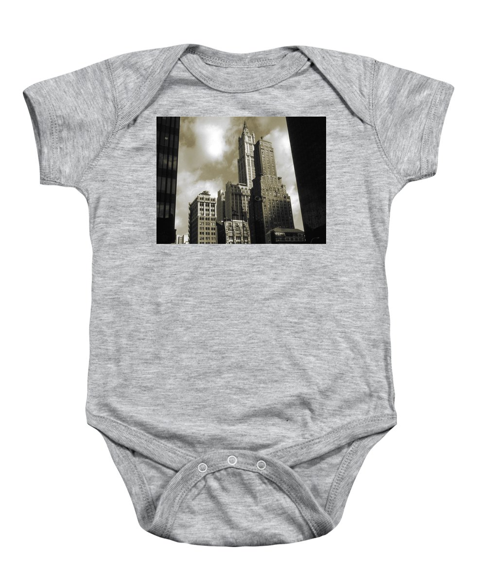 New+york Baby Onesie featuring the photograph Old New York Photo - Historic Woolworth Building by Peter Potter