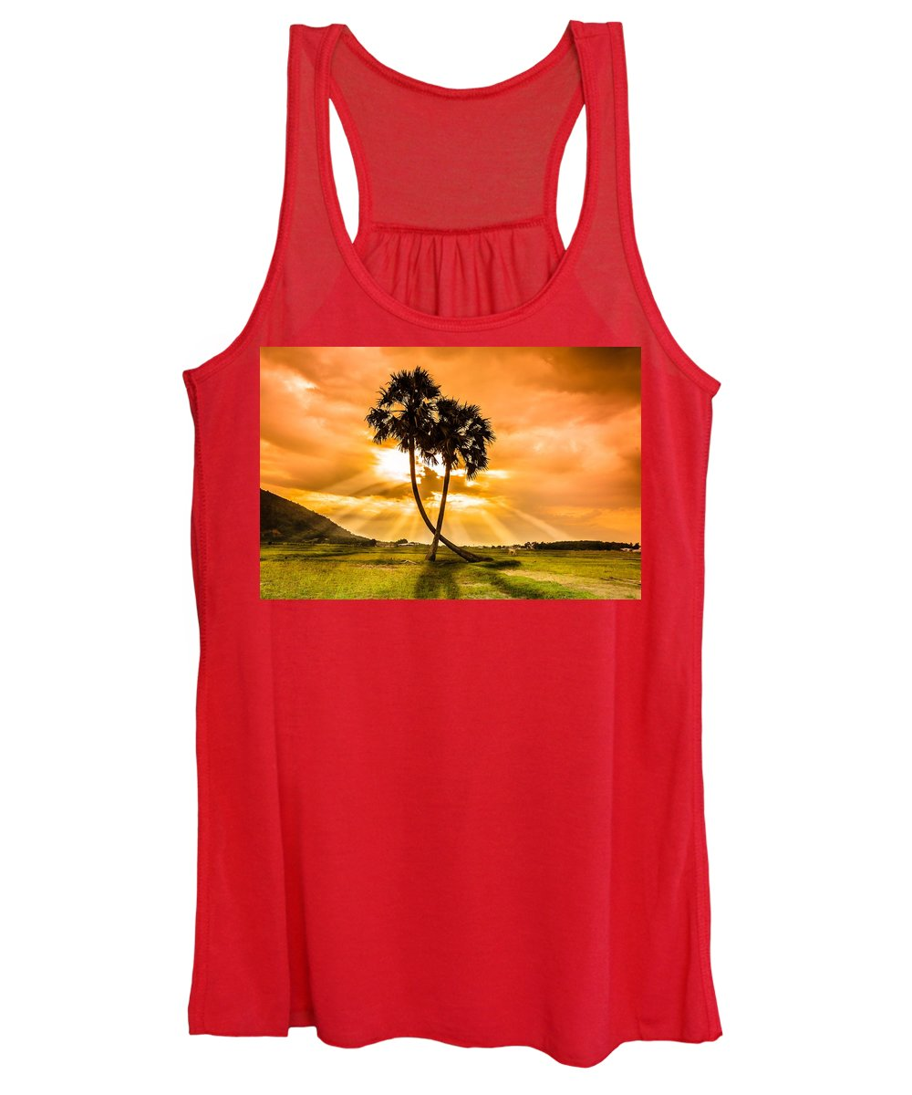 Love Women's Tank Top featuring the photograph Couple by Lam Loi