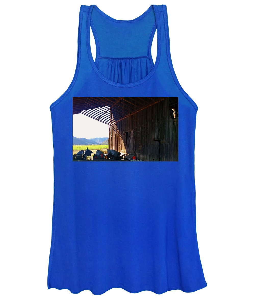 Barn Women's Tank Top featuring the photograph Keeping Dry At The Barn by Liz Snyder