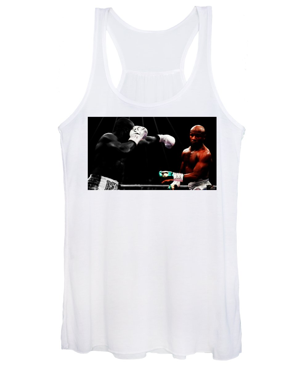 Mayweather Women's Tank Top featuring the mixed media Floyd Mayweather Making Them Miss by Brian Reaves