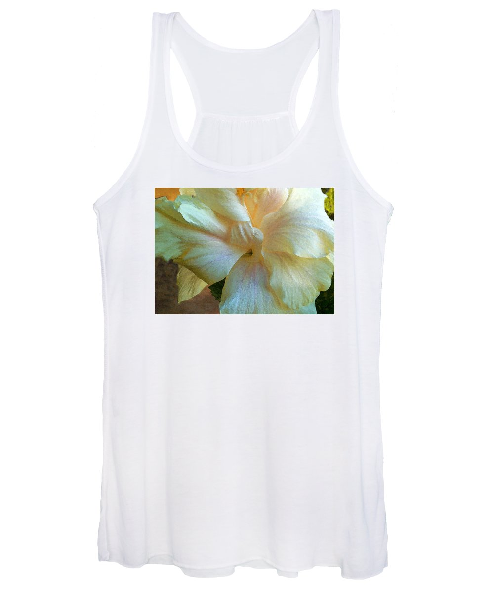 Hawaiian Flowers Women's Tank Top featuring the photograph Evening Hibiscus by James Temple