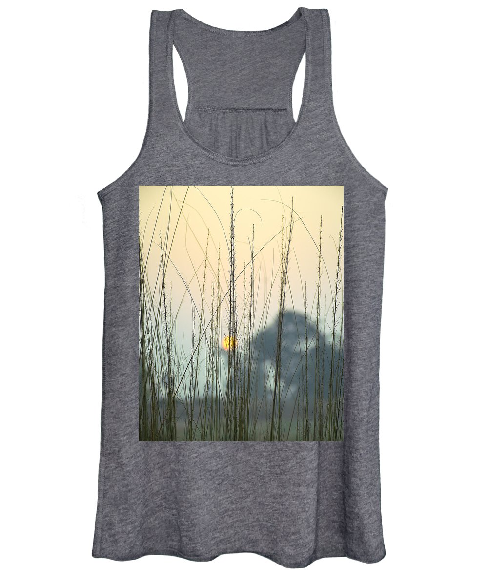 Grass Photographs Women's Tank Tops