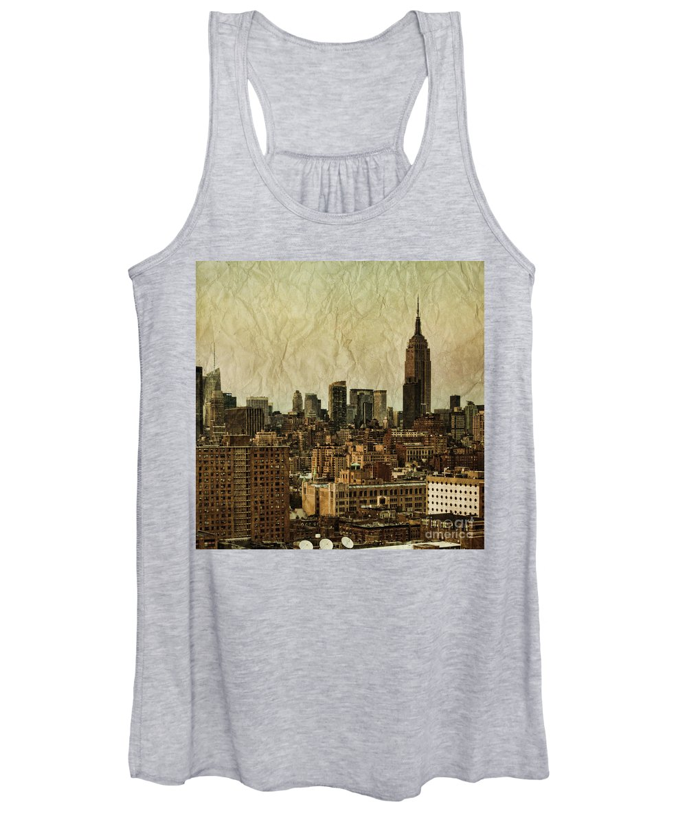 New Women's Tank Top featuring the photograph Empire Stories by Andrew Paranavitana