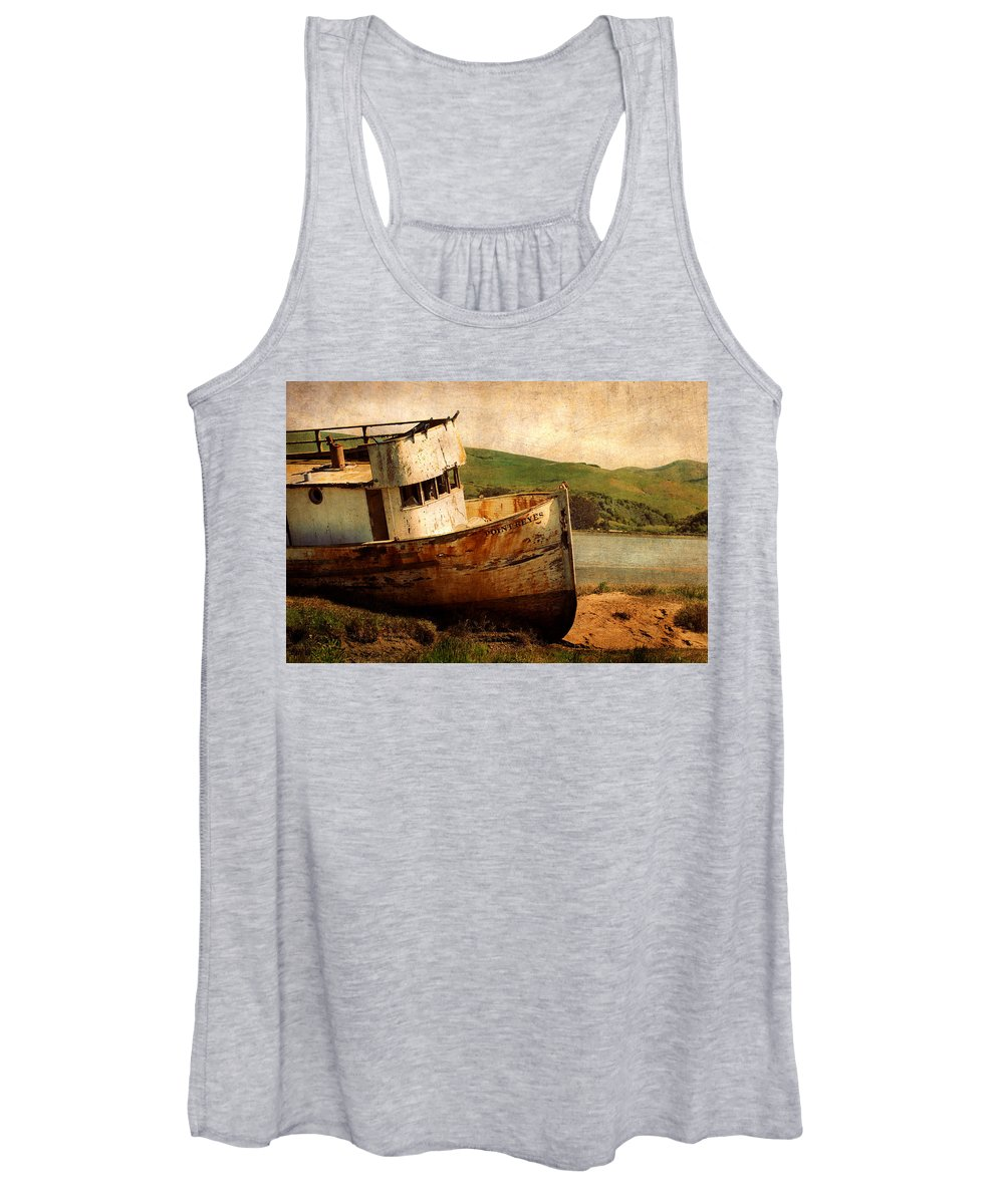 Shipwreck Women's Tank Top featuring the photograph Abandoned by Renee Cline