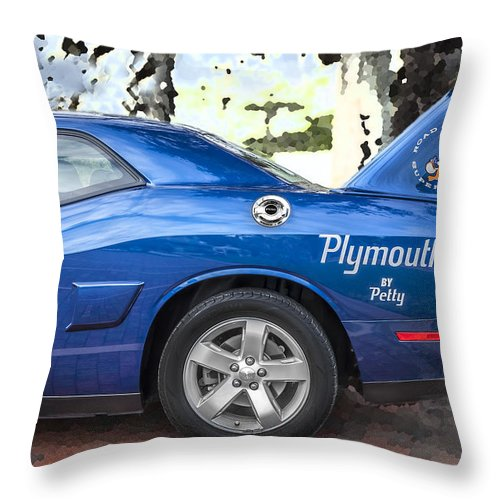 2010 Plymouth Superbird Throw Pillow featuring the photograph 2010 Plymouth Superbird by Rich Franco