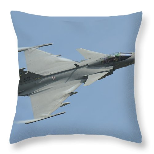 Horizontal Throw Pillow featuring the photograph A Saab Jas 39 Gripen C Of The Royal by Remo Guidi