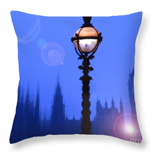 London Throw Pillow featuring the photograph As Night Falls by Edmund Nagele