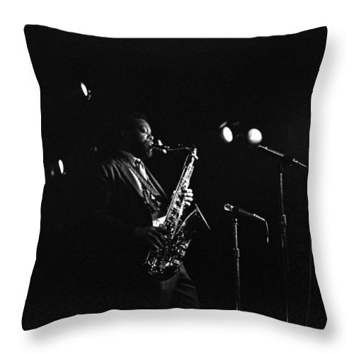 Jazz Throw Pillow featuring the photograph Dewey Redman by Lee Santa
