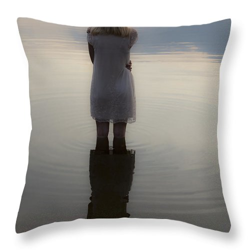 Abandoned Throw Pillow featuring the photograph Dreaming by Maria Heyens