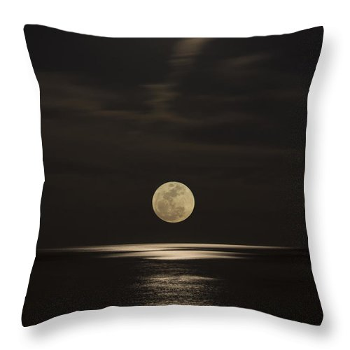 Alabama Throw Pillow featuring the photograph Moon Rising Over The Gulf by Gej Jones
