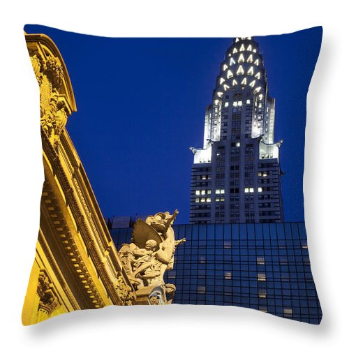 Grand Throw Pillow featuring the photograph Grand Central by Brian Jannsen