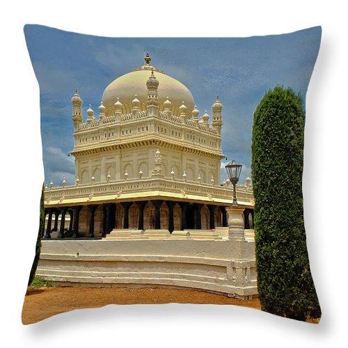 Gumbaz Throw Pillow featuring the photograph Gumbaz - Tipu's Mausoleum by SAURAVphoto