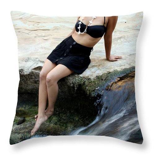 Girl Throw Pillow featuring the photograph Hispanic Woman Waterfall by Henrik Lehnerer