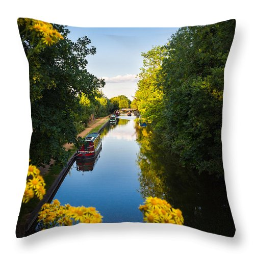 Blue Throw Pillow featuring the photograph Kennet And Avon Canal by Mark Llewellyn