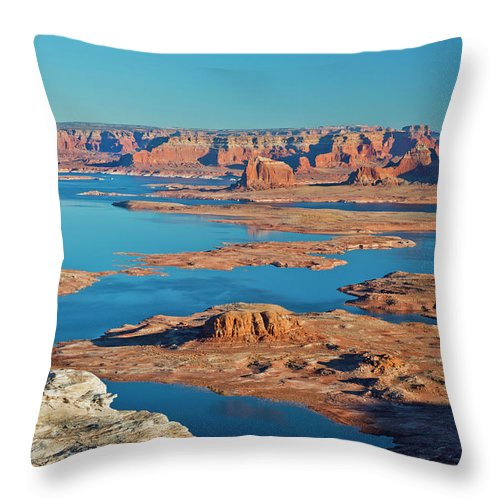 Tranquility Throw Pillow featuring the photograph Lake Powell by Chen Su