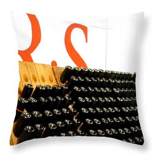 Mcminville Throw Pillow featuring the photograph R Stuart Wine 21126 by Jerry Sodorff