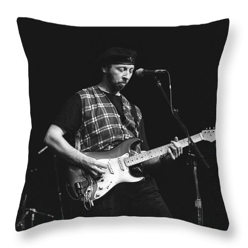Singer Throw Pillow featuring the photograph Musician Richard Thompson by Concert Photos