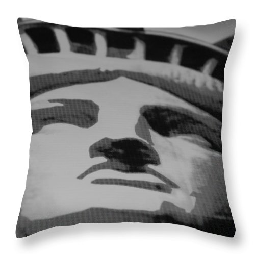 Statue Of Liberty Throw Pillow featuring the photograph Statue Of Liberty In Black And White by Rob Hans
