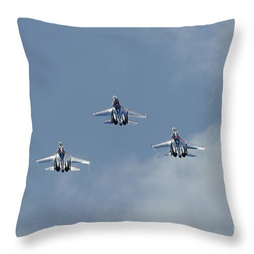 Horizontal Throw Pillow featuring the photograph Sukhoi Su-27 Flanker Aircraft by Remo Guidi