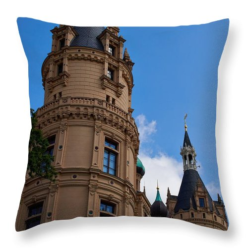 Alankomaat Throw Pillow featuring the photograph The Castle Of Schwerin by Jouko Lehto