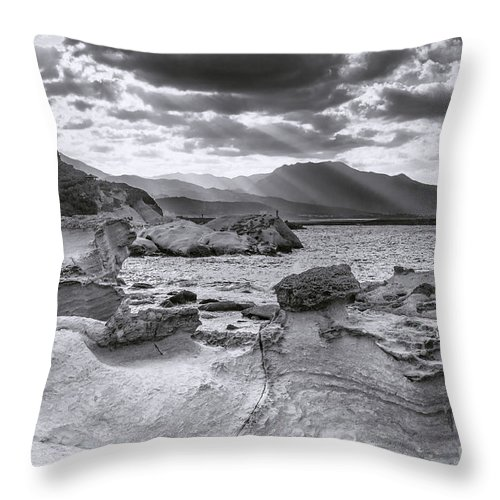 Duncan Longden Photography Throw Pillow featuring the photograph The Queen's Head Geological Park 2. Toned by Duncan Longden