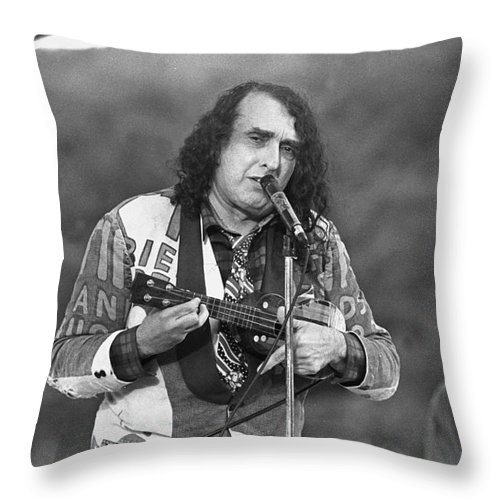 Singer Throw Pillow featuring the photograph Tiny Tim by Concert Photos