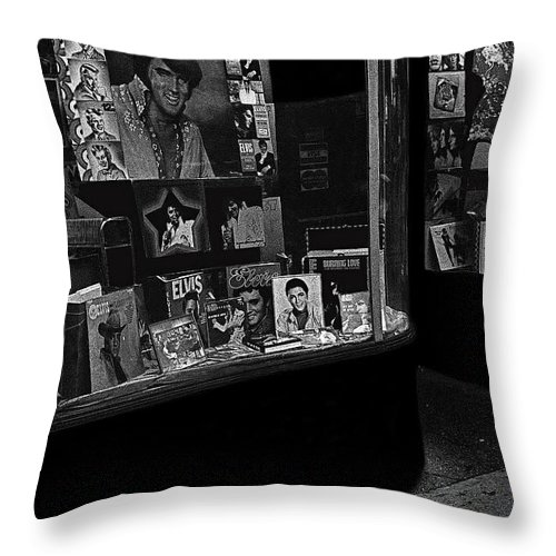 Window Display Night Of Elvis Presley's Death Recordland Portland Maine 1977 Throw Pillow featuring the photograph Window Display Night Of Elvis Presley's Death Recordland Portland Maine 1977 by David Lee Guss