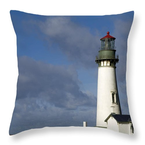 Yaquina Head Lighthouse Throw Pillow featuring the photograph Yaquina Head Lighthouse by John Shaw