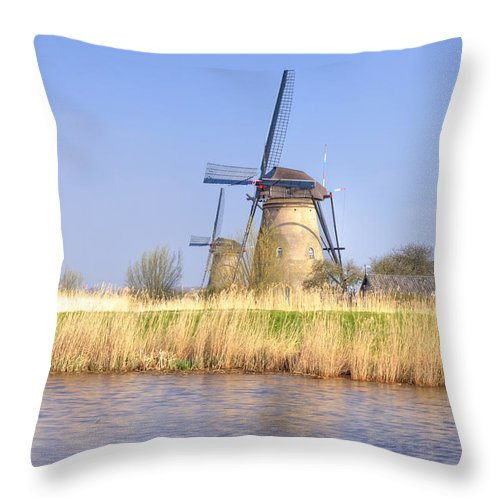 Kinderdijk Throw Pillow featuring the photograph Kinderdijk by Joana Kruse