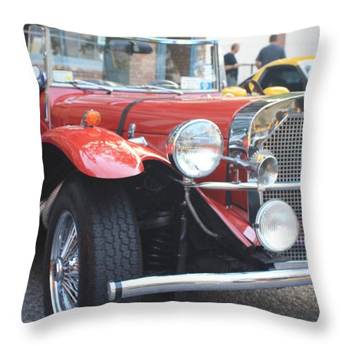 1929 Mercedes Benz Front And Side View Throw Pillow featuring the photograph 1929 Mercedes Benz Front And Side View by John Telfer