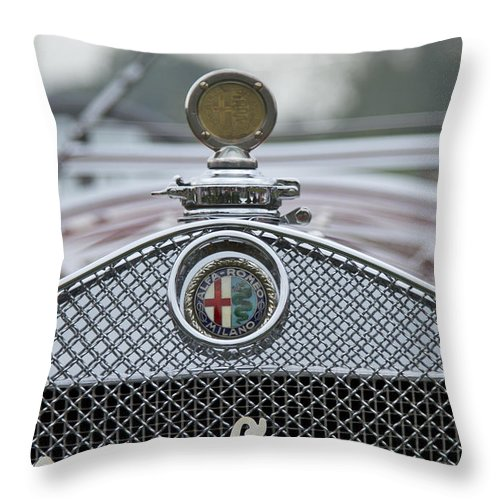 Glenmoor Throw Pillow featuring the photograph 1931 Alfa Romeo by Jack R Perry
