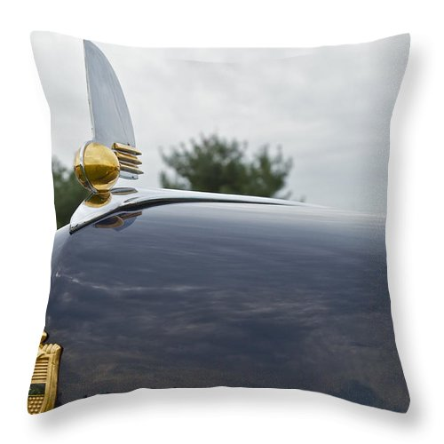 Glenmoor Throw Pillow featuring the photograph 1942 Lincoln by Jack R Perry