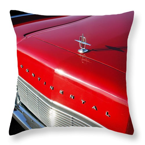 1967 Lincoln Continental Hood Ornament Throw Pillow featuring the photograph 1967 Lincoln Continental Hood Ornament - Emblem -646c by Jill Reger