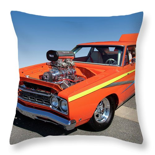 1968 Plymouth Road Runner Throw Pillow featuring the photograph 1968 Plymouth Road Runner by Paul Cannon